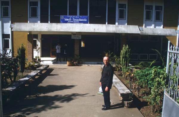 Laos2000_037