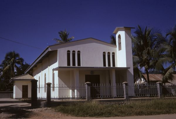 La cattedrale cattolica di Luang Prabang